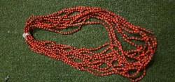 Collar de Peonia Cubana